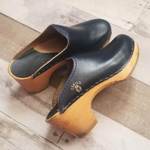 fba5f2e516beb VTG   Leather & Wood 6.5 Eskil's Clogs